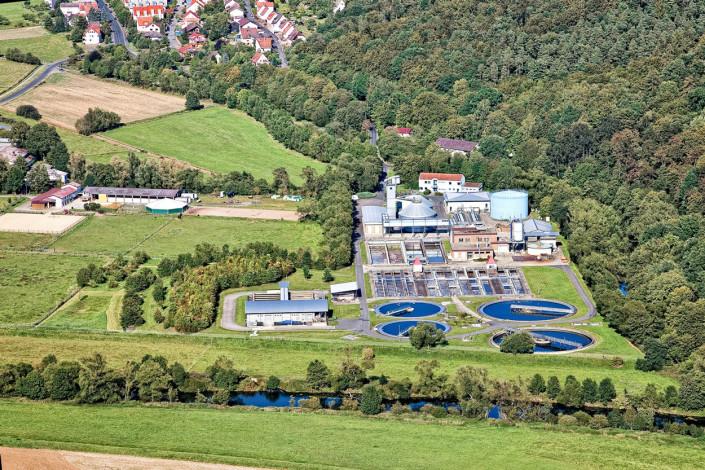 006-luftbild-business-Images-niederweimar-klaeranlage-fotografie-schuhmacher