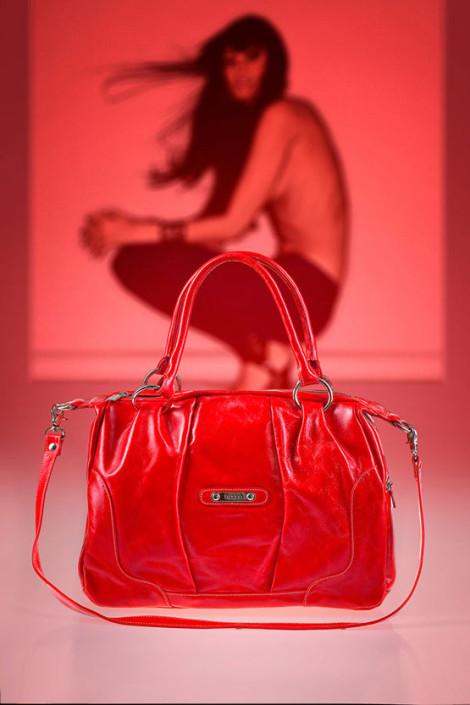 031-produktshooting-handbag-handtasche-ambiente-werbeproduktaufnahme
